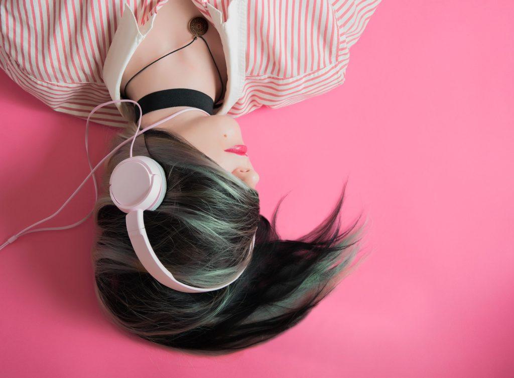 Frau - gemafreie Musik